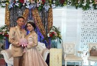 Tata Rias Pengantin Gaun Panjang Prezy Salon